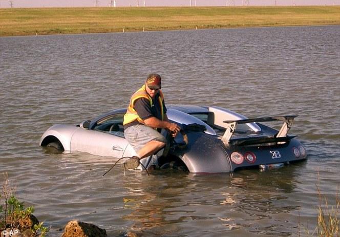 L'homme qui avait plongé volontairement sa Bugatti Veyron dans un lac risque 20 ans de prison