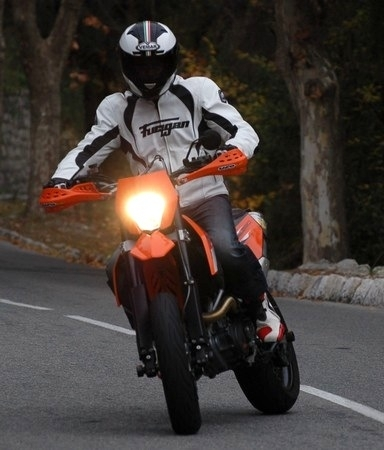 """Billet d'humeur: """"Trop rapides, les motards""""... ?!?"""