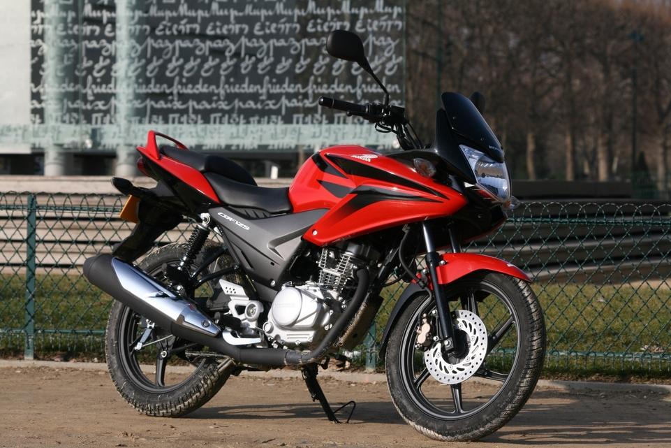 Essai Honda CBF 125 cm3 : Un physique séduisant