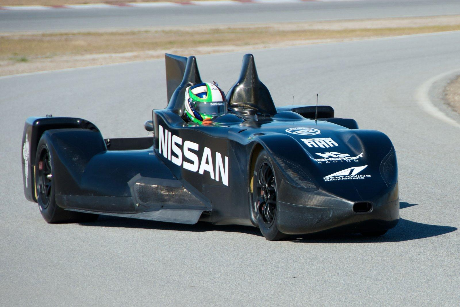 24 heures du mans nissan s 39 associe au projet deltawing 2 vid os. Black Bedroom Furniture Sets. Home Design Ideas