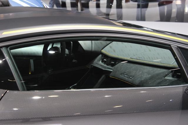 Lamborghini Centenario LP 770-4 : joyeux anniversaire ! - Vidéo en direct du salon de Genève 2016