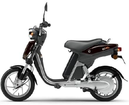 Nouveauté - Yamaha: il y a de l'électricité dans l'air et aussi trois roues