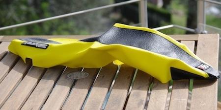 Reportage, la pose d'une housse de selle (Blackbird): astuces et pièges à éviter