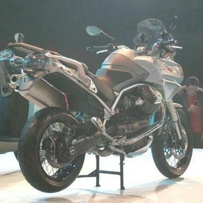 Moto Guzzi Stelvio: C'est vraiment elle !