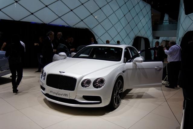 Bentley Flying Spur V8 S : petit plus - Vidéo en direct du salon de Genève