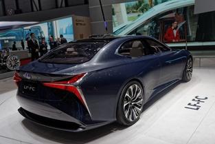 Lexus LF-FC concept : géante - En direct du salon de Genève