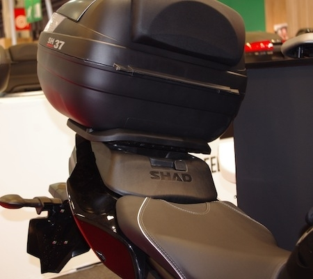 En direct du salon de la moto 2011: Shad