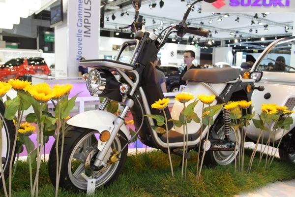 Mondial de l'Automobile 2010  Matra E Mo XP : Une version pour les entreprises