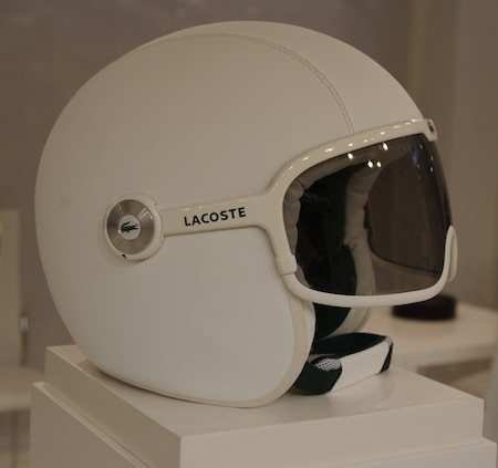 En direct du salon de la moto 2011: GPA s'habille en Lacoste