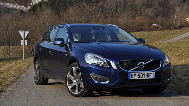 Essai - Volvo V60 D5 215 ch : élégance nordique