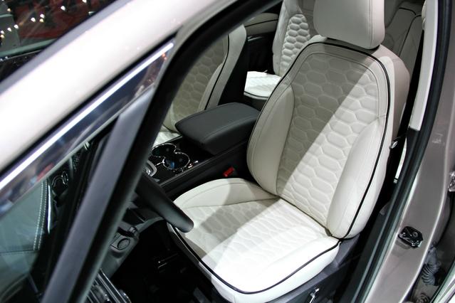 Ford S-Max, Edge, Mondeo 5 portes et Kuga Concept Vignale : du luxe à tous les étages – En direct du Salon de Genève 2016