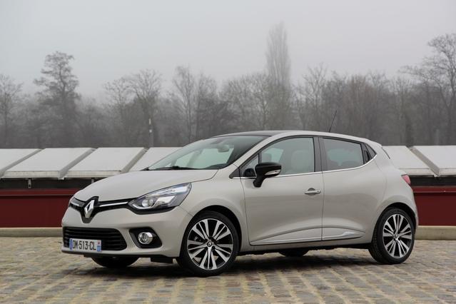 Marché français des voitures neuves : la Renault Clio repasse en tête des ventes en février 2016