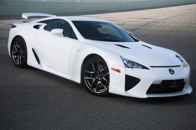 """Pas de supercar ou de SUV """"F"""" pour Lexus"""