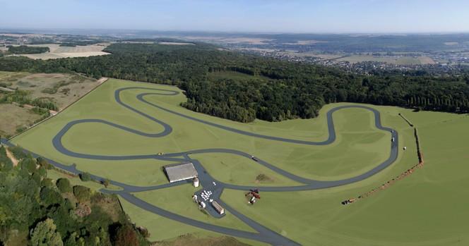 Renault inaugure un circuit dédié à la sécurité et à l'éco-conduite