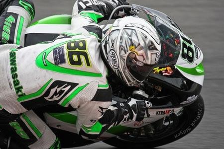 Superbike - Kawasaki: Badovini débute dans la douleur