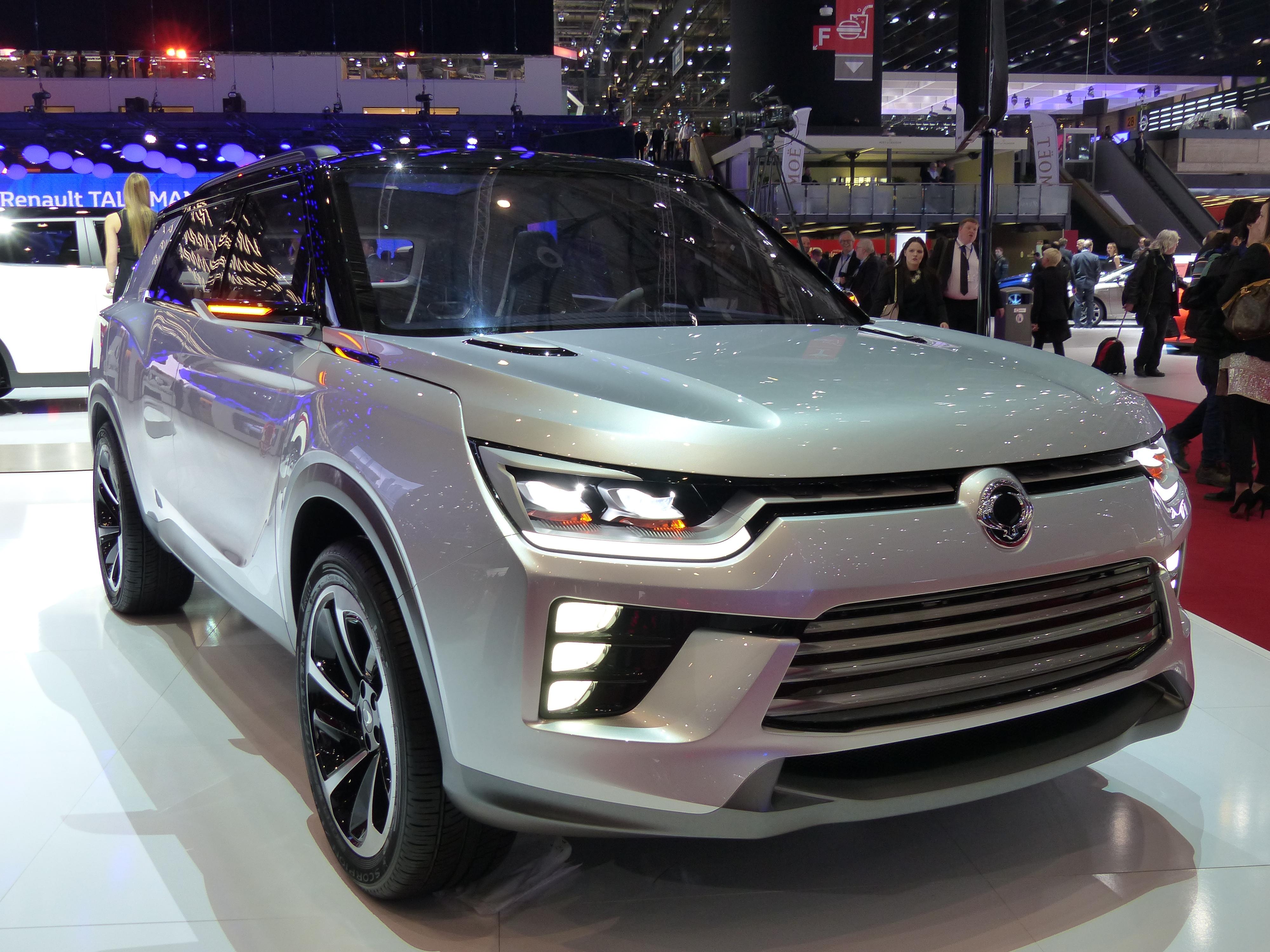 Ssangyong siv 2 concept hybridation l g re pour 2018 for Salon 2018 france