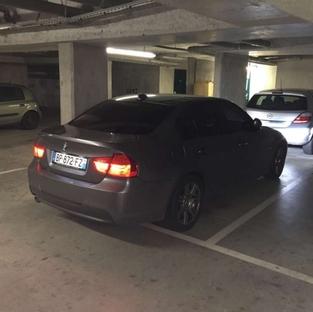 Mauvais exemple: parking souterrain, pas assez de lumière.