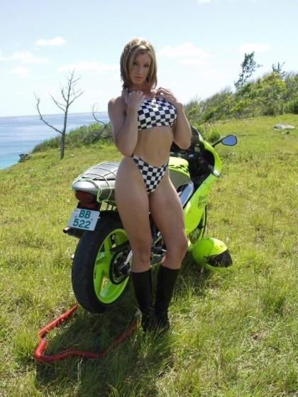 Moto & Sexy : faute de goût