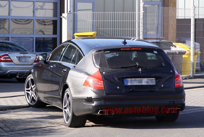 La Mercedes CLS 63 AMG Shooting Brake surprise