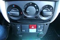 Essai vidéo - Citroën e-Mehari : plus qu'une simple voiture de plage ?