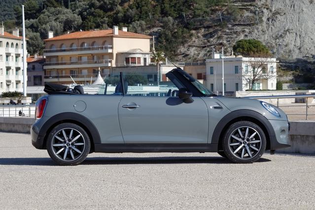 La Mini cabriolet arrive en concession : aussi fun que chère