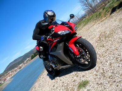 Essai Honda CBR 600RR 2007 : The Answer