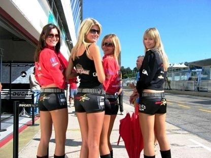 Moto & Sexy : Ducati girls