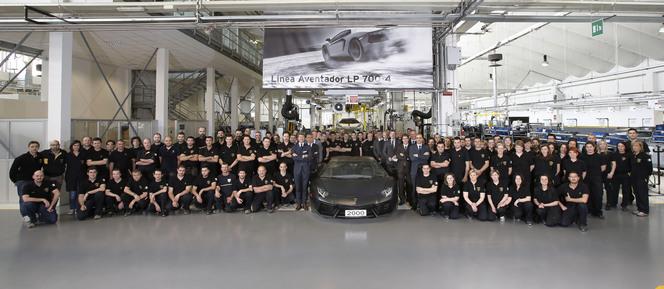 Déjà 2000 Lamborghini Aventador sur les routes