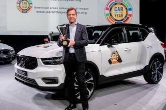 """Succès public et critique pour le XC40, première Volvo """"Car of the Year""""."""