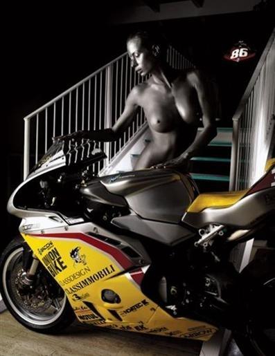 Moto & sexy : calendrier GiMotorsports