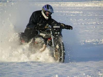 Photo du jour : J'ai vu l'abominable moto des neiges