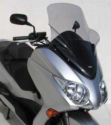 Ermax équipe le scooter Honda 250 Forza version 2008-2009.