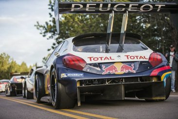 Pikes Peak 2013 - Premiers essais impressionnants pour Loeb et la 208 T16 (ajout vidéo)