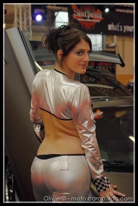PTS 2009 en direct : Les «girls» du salon...