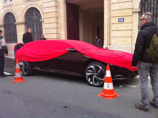 La Citroën DS9 se découvre dans Paris