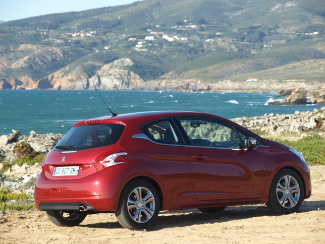 Essai  video - Peugeot 208 : le messie