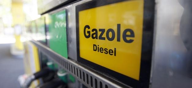 La taxation du gazole - près de 160% aujourd'hui - est appelée à s'alourdir dans les années qui viennent.