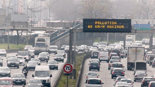 D'un côté, constructeur et lobbies agissant à Bruxelles. De l'autre, des politiques et défensers de l'envrionnement. Entre les deux, nos poumons...