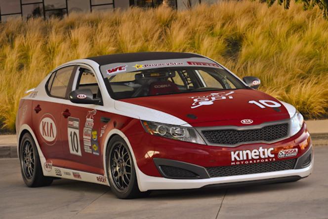 (Echos des paddocks #101) La Mazda MX-5 (enfin) en GT4...