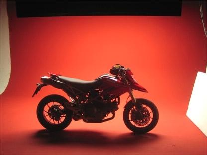 Ducati Hypermotard : séance photo