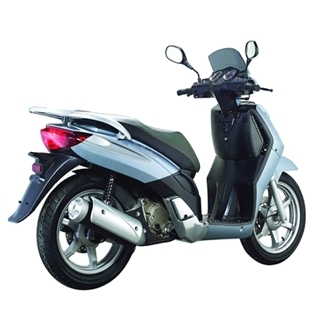 keeway outlook 125 cm3 un scooter grandes roues 2000 euros. Black Bedroom Furniture Sets. Home Design Ideas