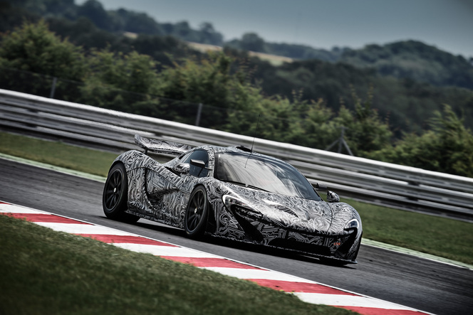 La McLaren P1 GTR en test: les photos officielles