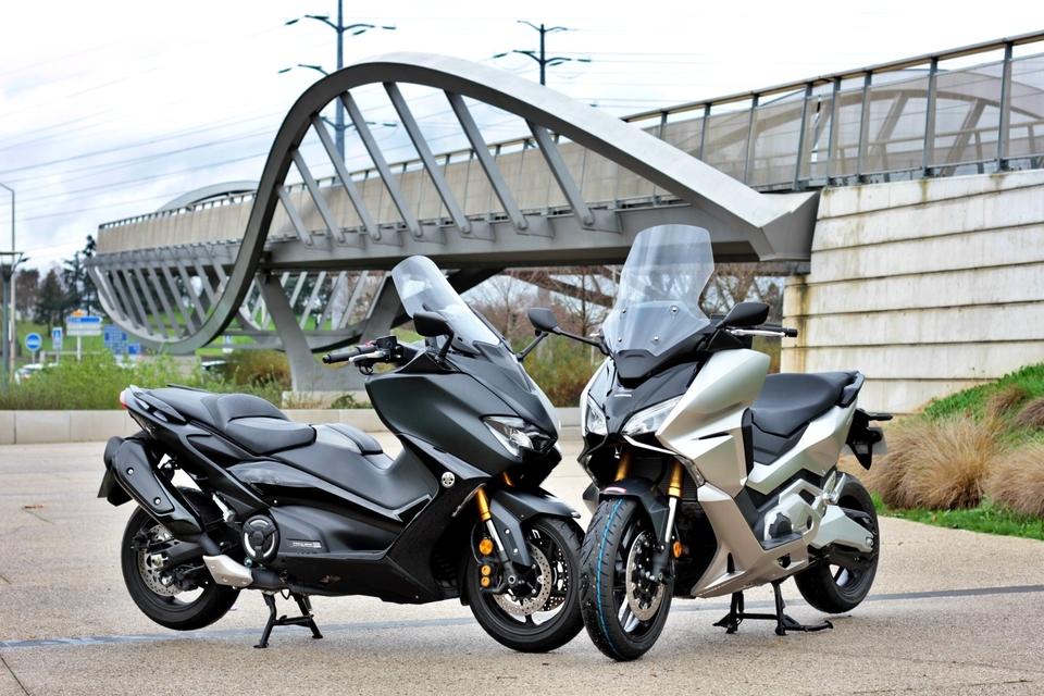 Honda Forza 750 VS Yamaha TMax 560 [comparo] S8-comparatif-honda-forza-vs-yamaha-t-max-duel-au-sommet-657845