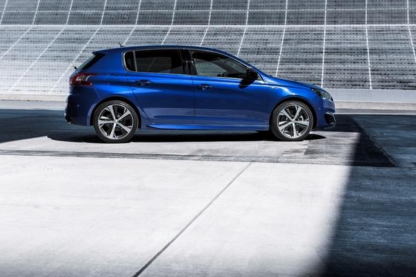 S7-Peugeot-devoile-les-308-GT-205-et-GT-180-330367