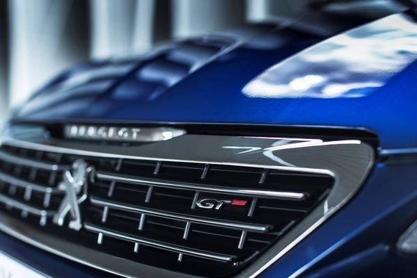 S7-Peugeot-devoile-les-308-GT-205-et-GT-180-330375