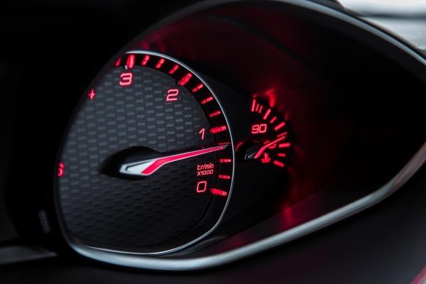 S7-Peugeot-devoile-les-308-GT-205-et-GT-180-330383