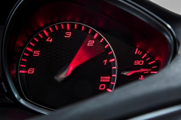 S7-Peugeot-devoile-les-308-GT-205-et-GT-180-330384