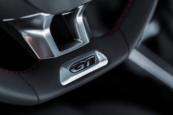 S7-Peugeot-devoile-les-308-GT-205-et-GT-180-330386
