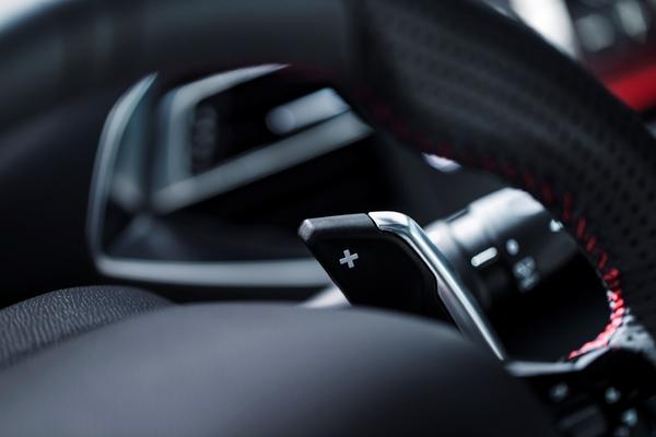S7-Peugeot-devoile-les-308-GT-205-et-GT-180-330388