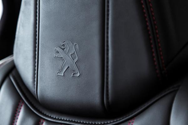 S7-Peugeot-devoile-les-308-GT-205-et-GT-180-330396